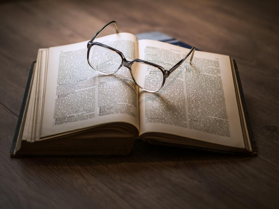 Fardeau, preuve, lunette, livre
